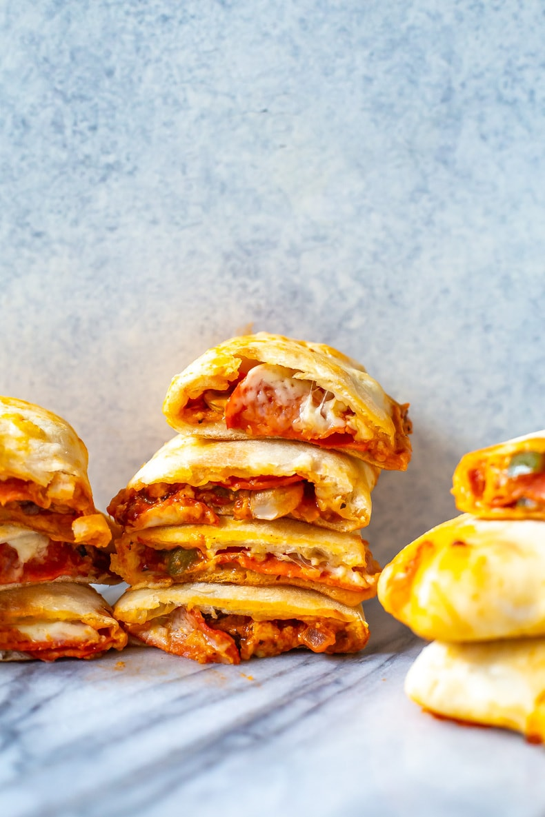 Freezer-friendly Homemade Pizza Pockets