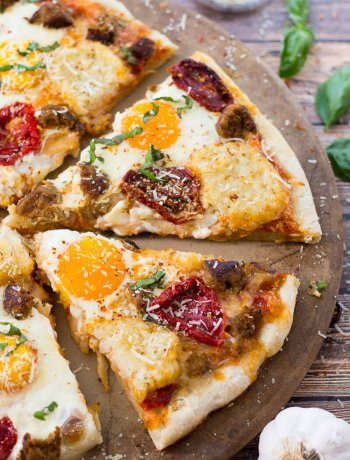 Easy Breakfast Pizza with Turkey Sausage