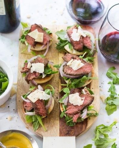 Steak and Arugula Salad Bites with Parmesan