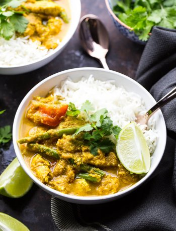 Healthy Chicken Tikka Masala Rice Bowls
