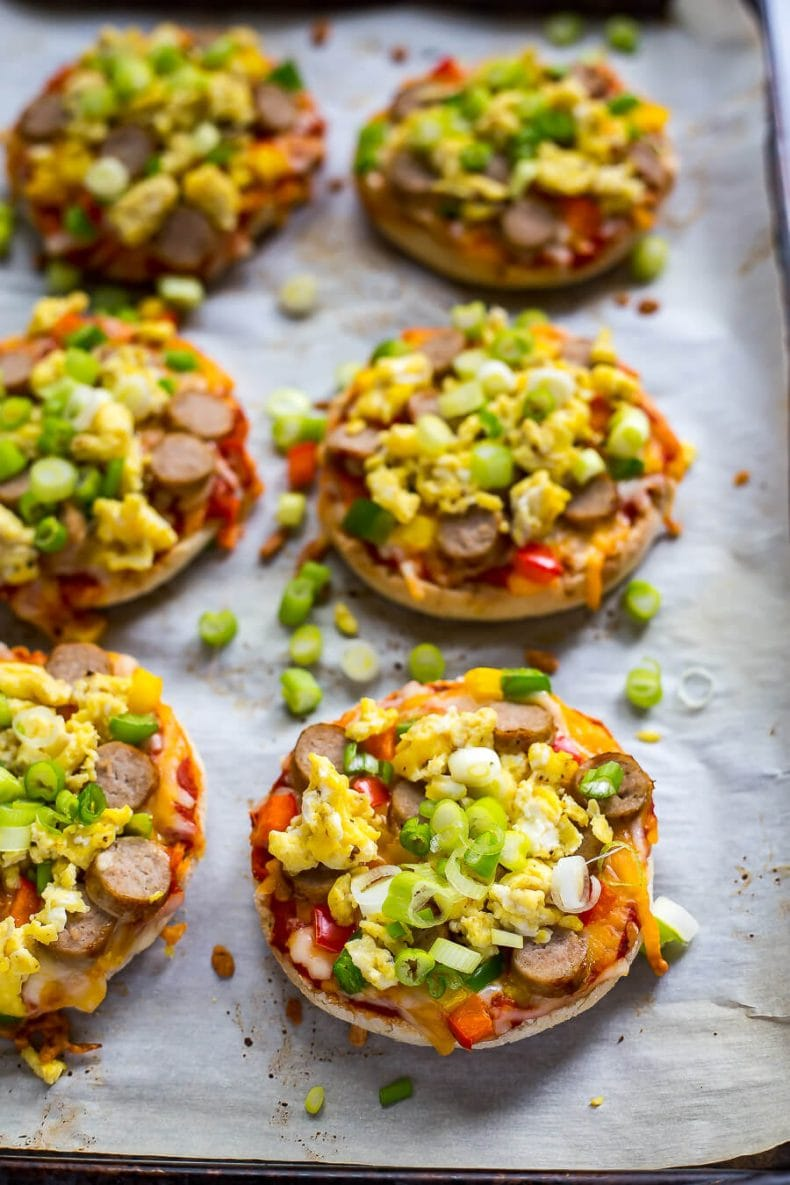 Freezer-Friendly Mini Breakfast Pizzas
