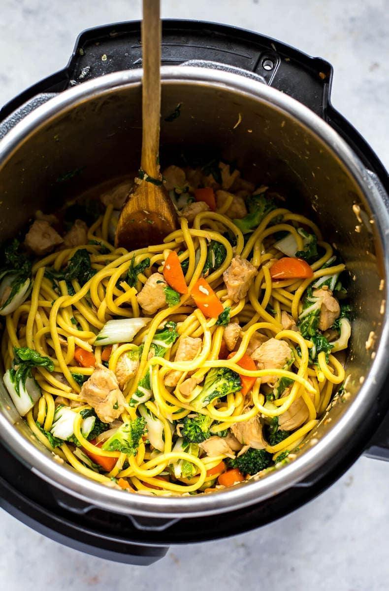 Instant Pot Yakisoba Noodle Bowls