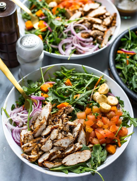 Balsamic Grilled Chicken and Arugula Salad