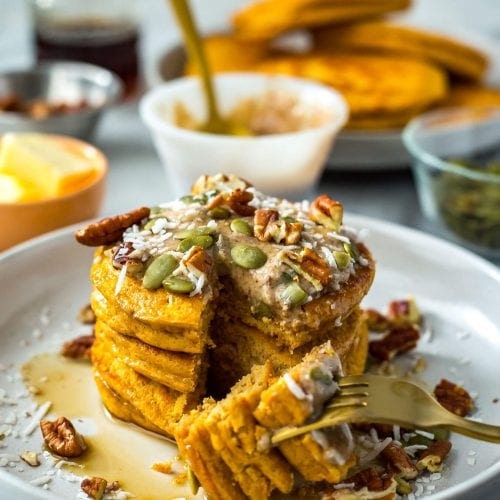 5-Ingredient Pumpkin Protein Pancakes
