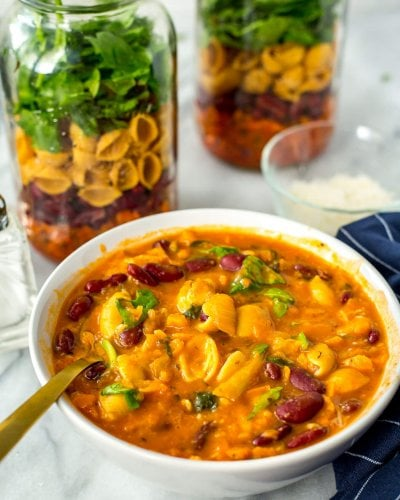 Grab & Go Vegetarian Minestrone Soup Jars