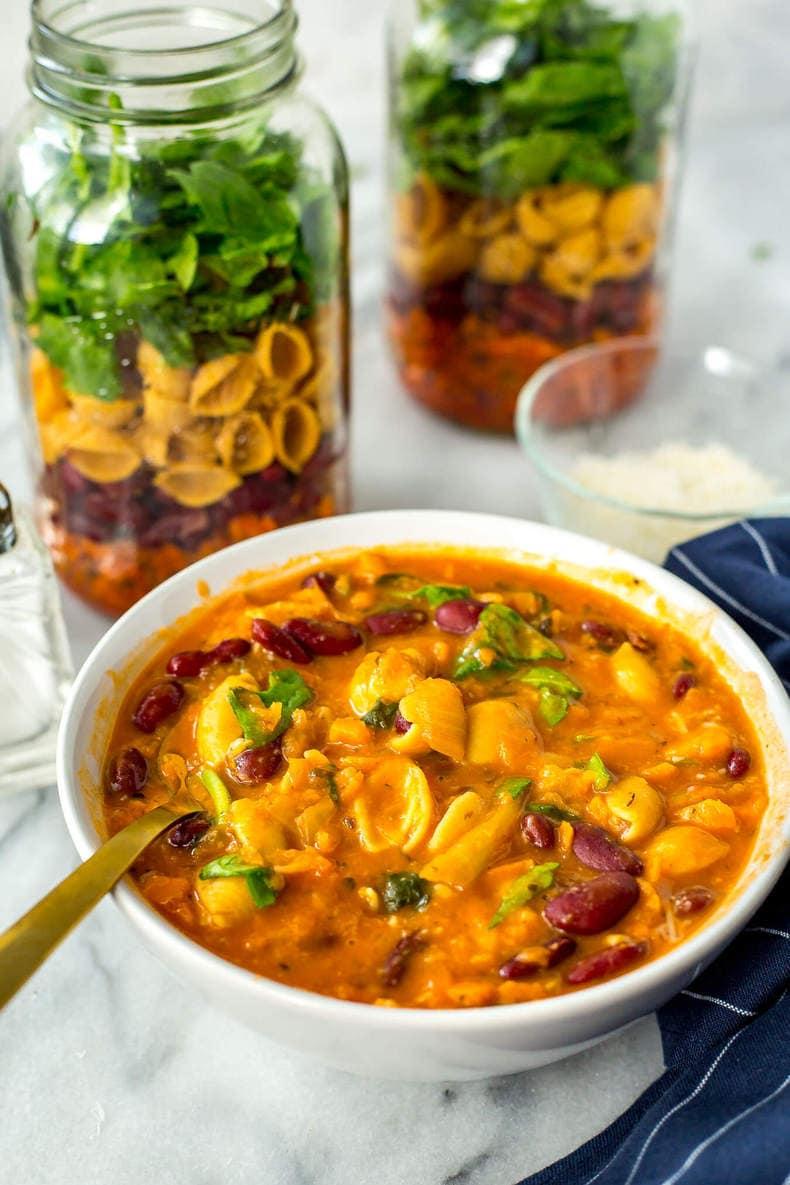 Mason Jar Minestrone Soup