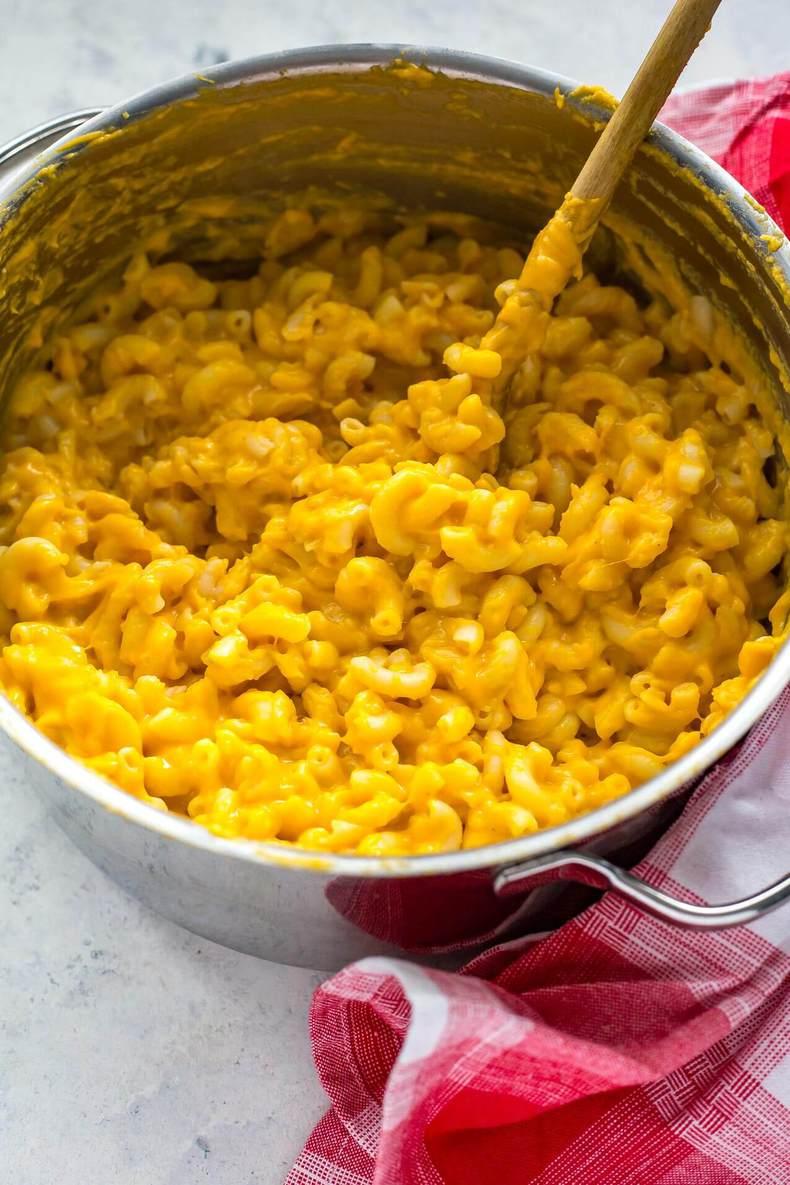 Freezer-Friendly Butternut Squash Mac & Cheese