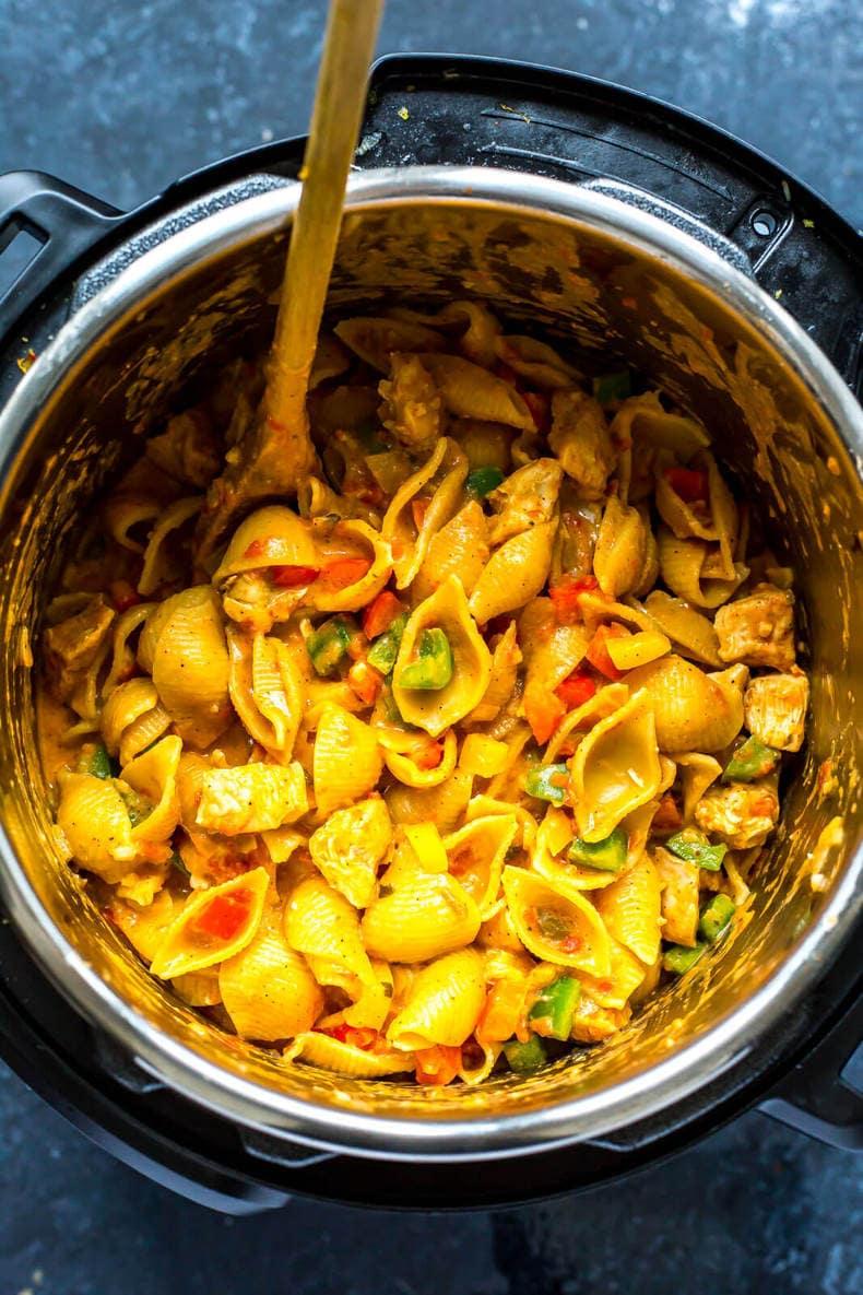 Instant Pot Chicken Fajita Pasta