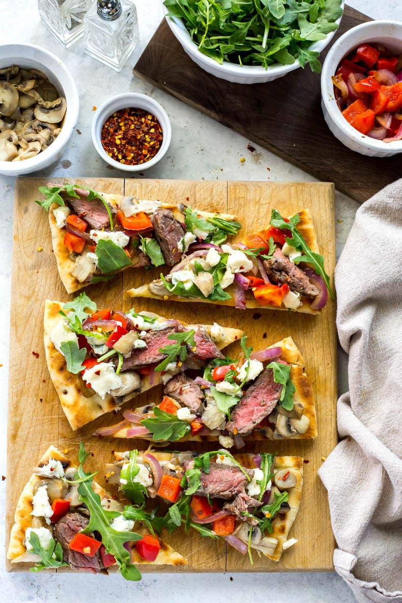 steak gorgonzola flatbread