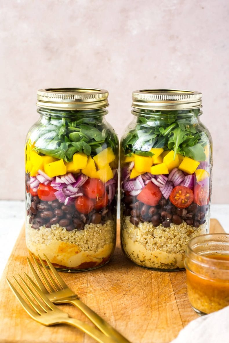 The Ultimate Vegetarian Mason Jar Salad