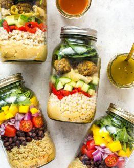 The Ultimate Vegetarian Mason Jar Salad