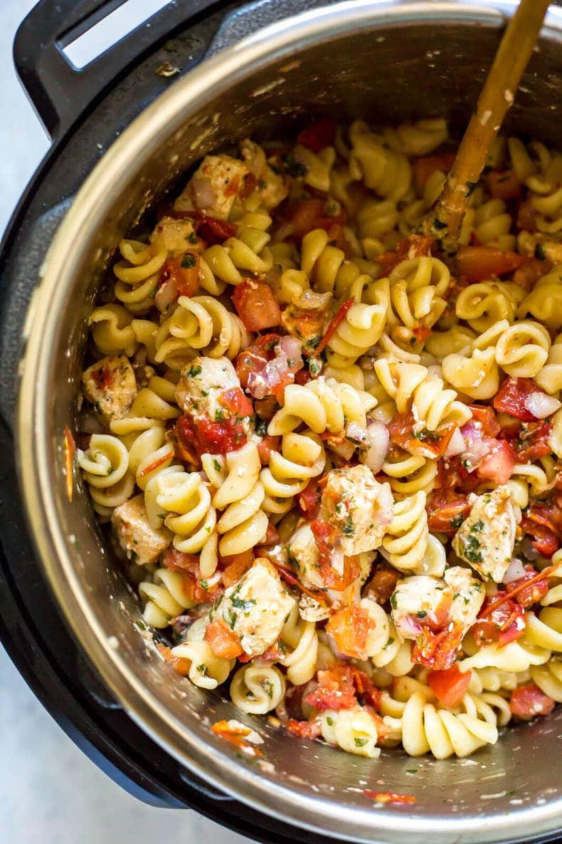Instant Pot Bruschetta Chicken Pasta
