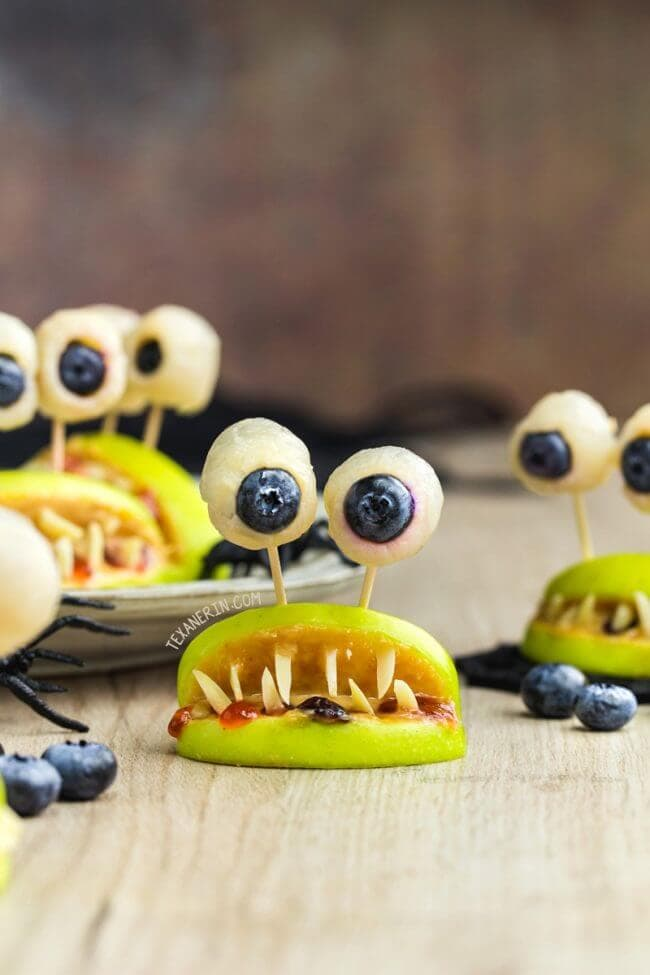 healthy Halloween party snacks that look like monster mouths