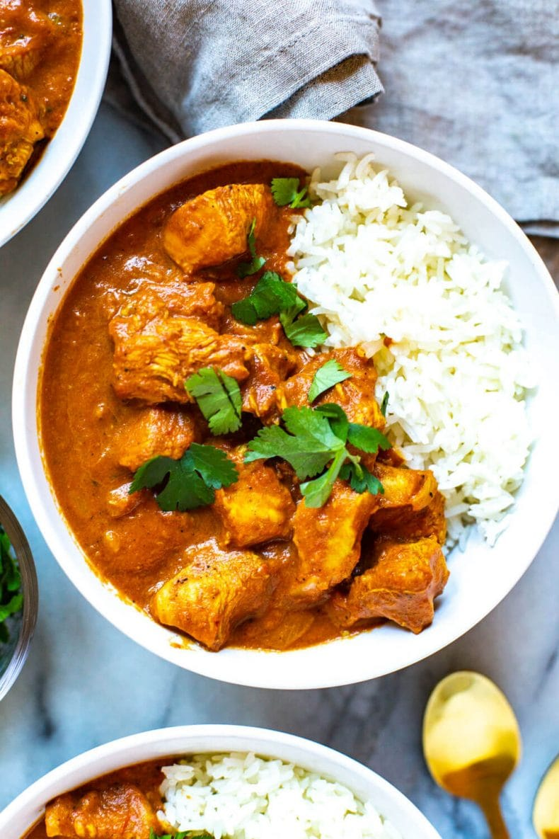 bowl of Thai chicken tikka masala with white rice