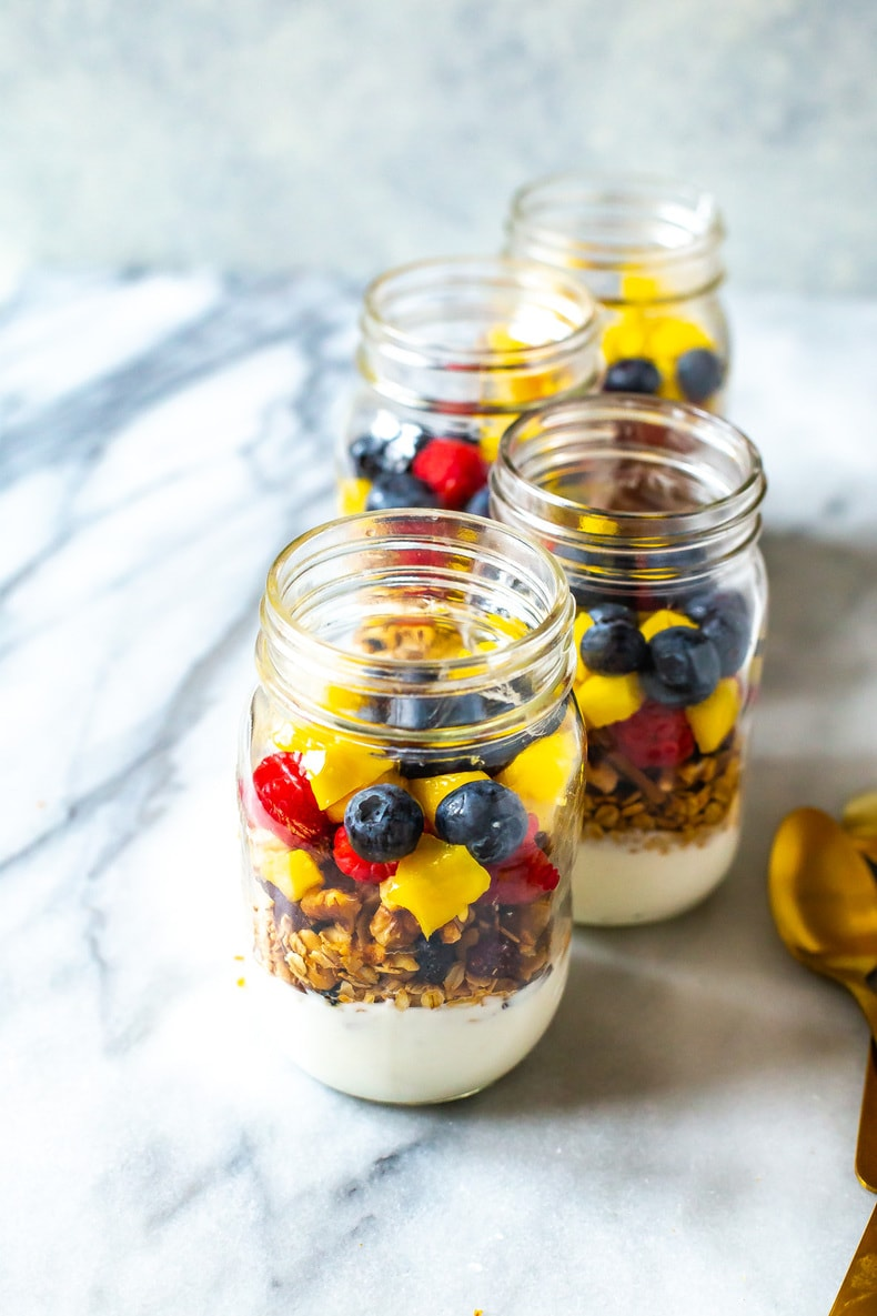 Meal Prep Yogurt Parfaits