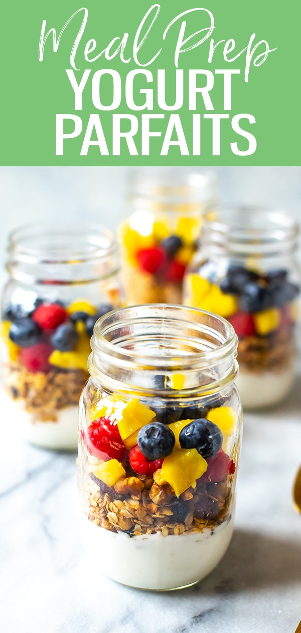 These Healthy Meal Prep Yogurt Parfaits are a great breakfast idea made using yogurt, granola & fruit - they're grab and go & easy to assemble in advance. #mealprep #yogurtparfaits #granola