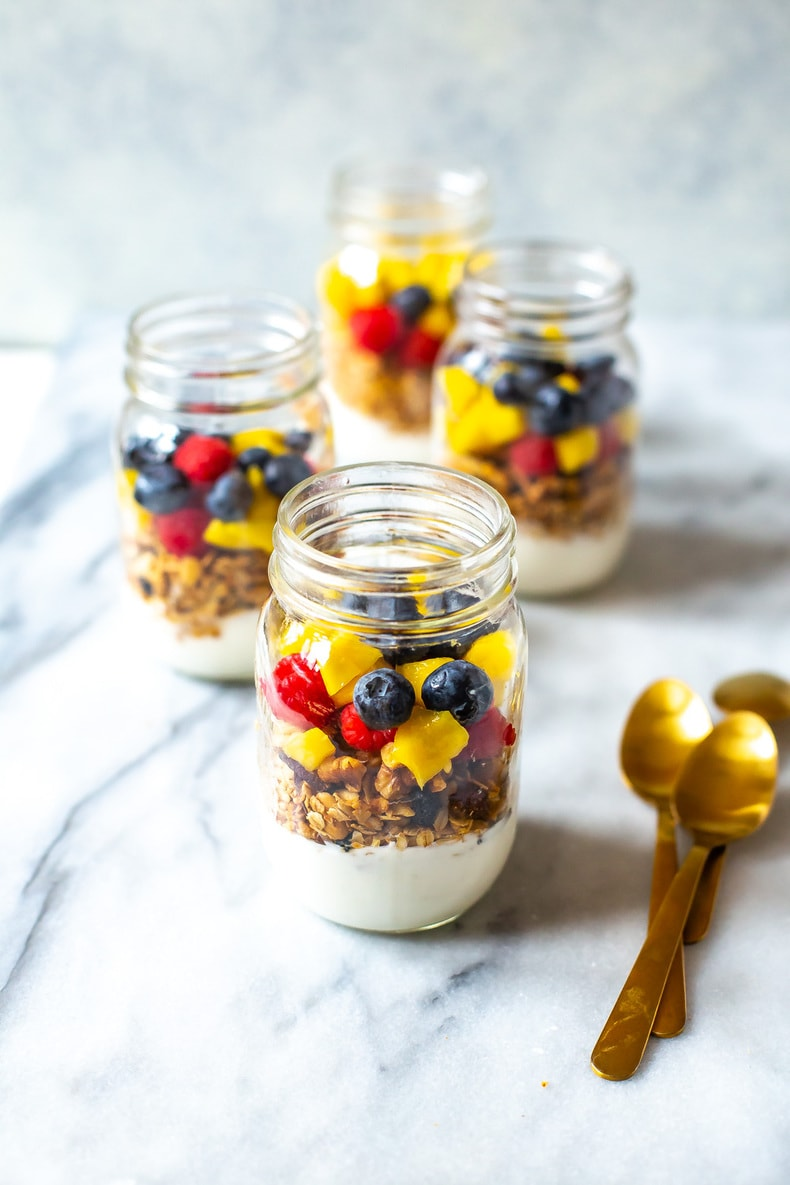 Healthy Meal Prep Yogurt Parfaits