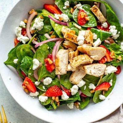 Strawberry Spinach Salad with Chicken